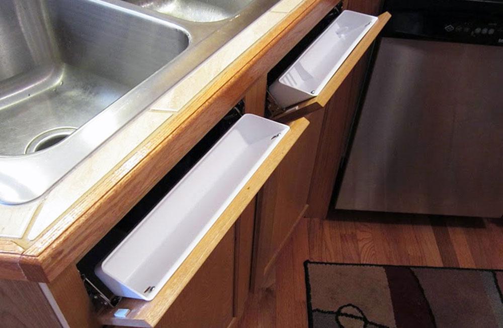 Организация пространства под кухонной мойкой 16