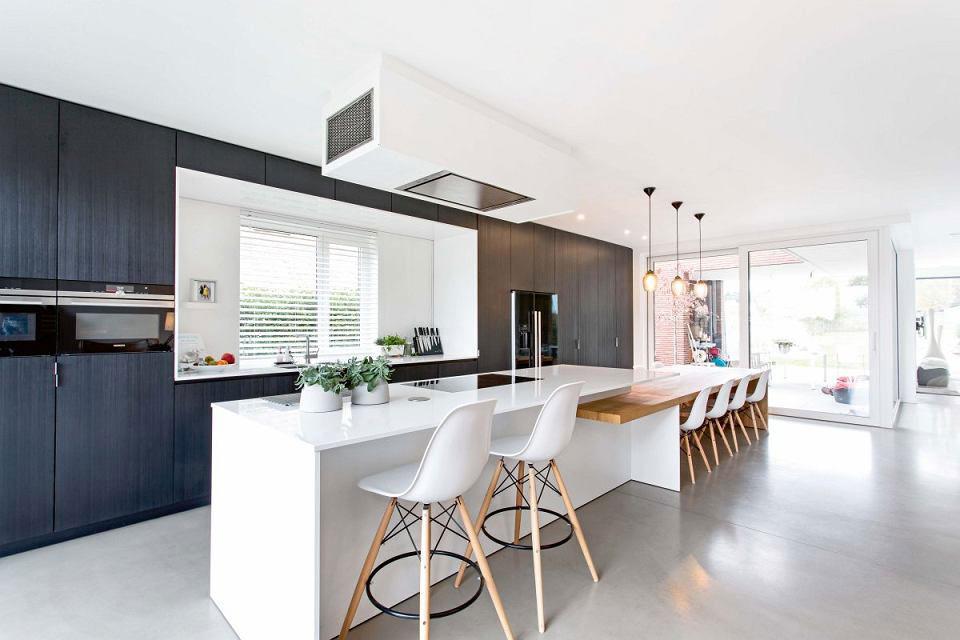 Кухонный пол из винилового покрытия