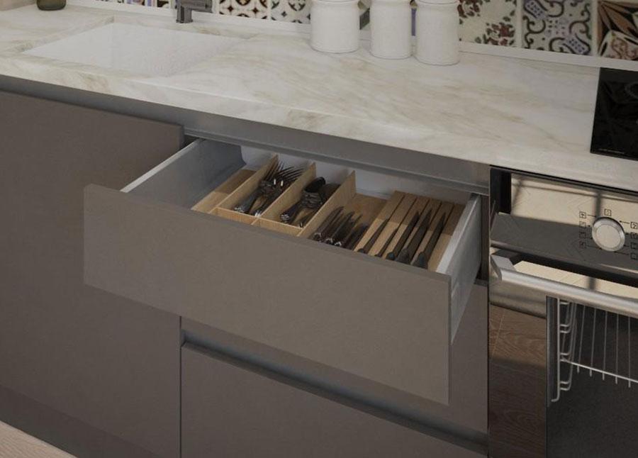 Разделители для столовых приборов на кухне